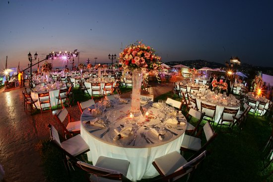 Aquarium Hotel & Resort: ilot garden weddings