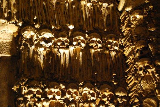 Capela dos Ossos : Détail d'un mur