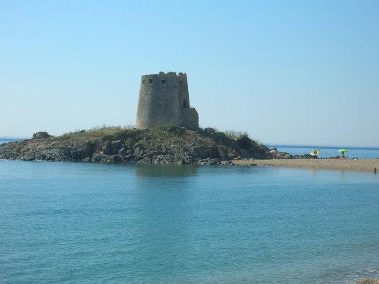 B&B Le Petunie : la torre saracena