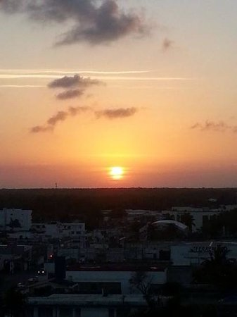Fiesta Inn Chetumal : sunset from Hotel Fiesta Inn