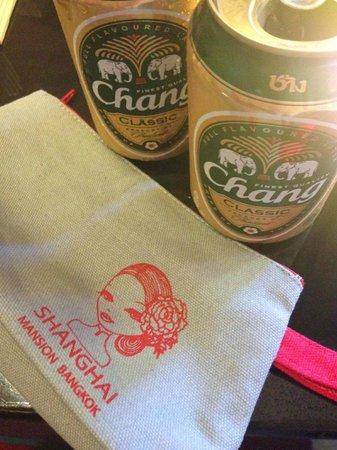 Shanghai Mansion Bangkok: The keepsake travel bag and complimentary Changs. Awesome!