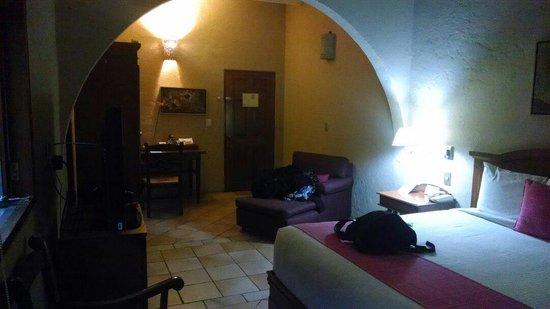 Casa de Sierra Azul: room 102
