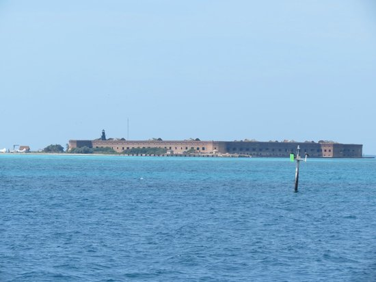 Dry Tortugas National Park: The view from the ferry approaching the fort.