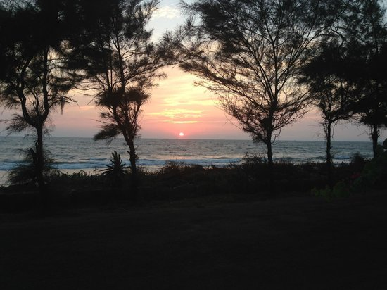 Asokam Beach Resort: Sunset