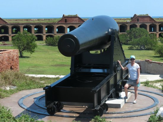 Dry Tortugas National Park: One of the big guns