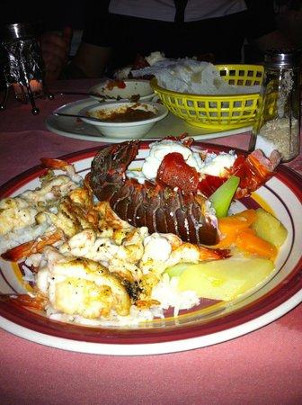 Maro's Shrimp House: 1/4 shrimp 1/4 lobster