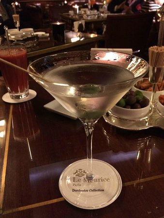 Restaurant le Meurice Alain Ducasse : A great Martini at Le Meurice