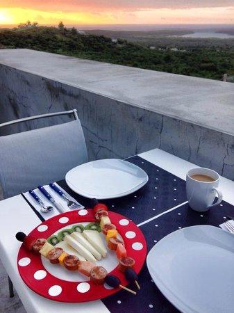 Casa Cascadas: Breakfast at sunrise