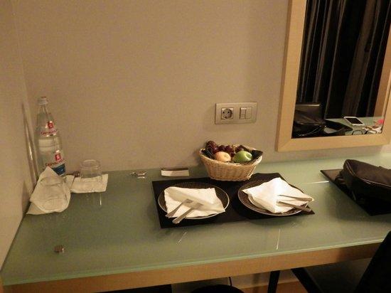 Hotel Alif Avenidas: Panier d'accueil