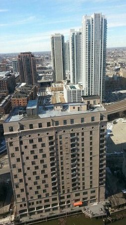 Holiday Inn Chicago Mart Plaza River North: center view from room
