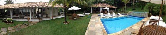 Pousada Bucaneiro : vista piscina,bar y sala de juegos