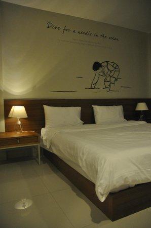 Chern Hostel: .