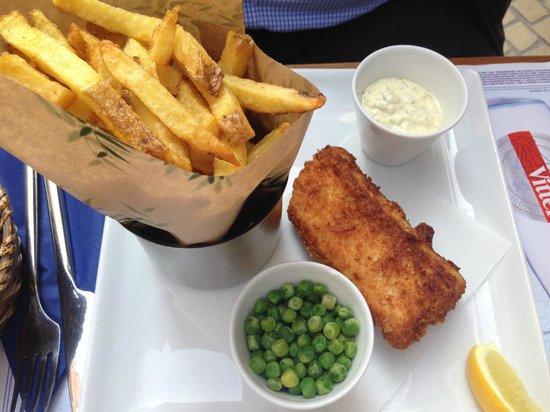 La Serrurerie: Fish n' Chips de cabillaud, sauce tartare
