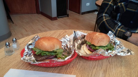 Burger Joint : Excellent elk burgers!