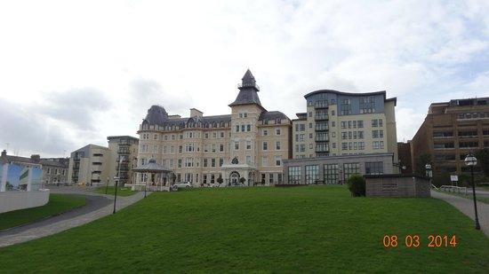 Royal Marine Hotel : hotel