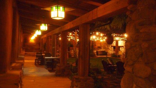 El Portal Sedona Hotel: around the courtyard