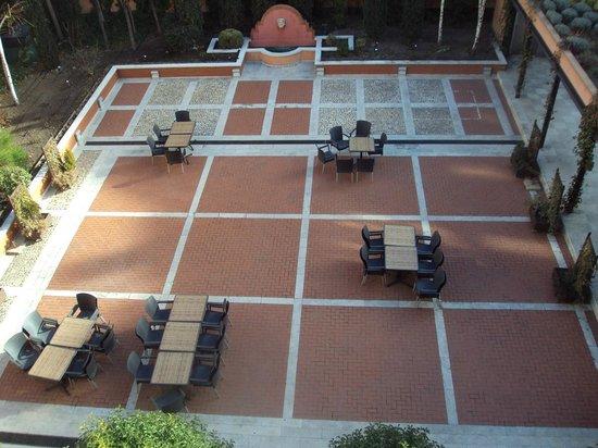 Melia Recoletos Hotel: Terraza al aire libre.
