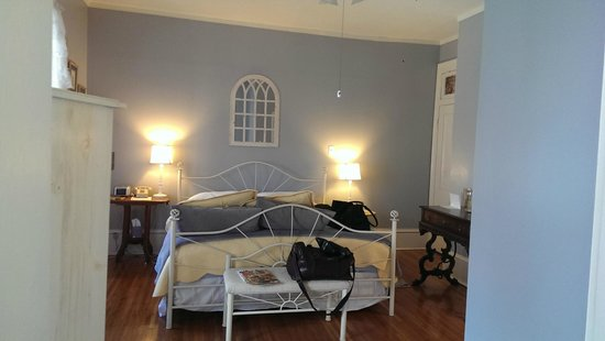 Cliff Manor Inn : View of main suite