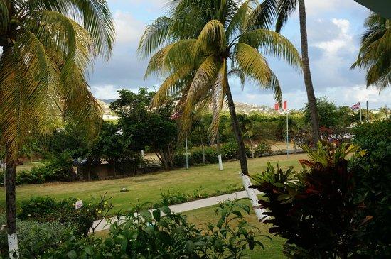 Timothy Beach Resort: Hotel entrance area