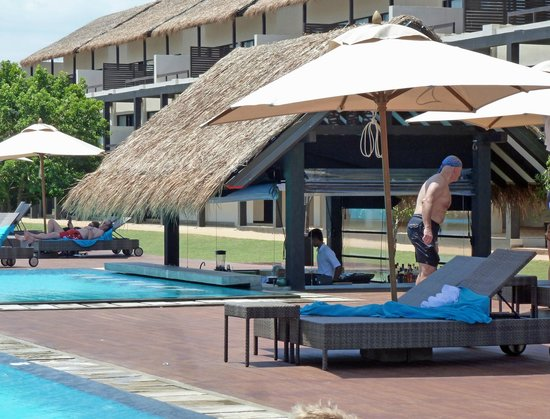 Jetwing Yala: Pool bar