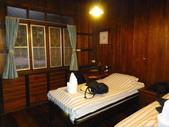 At Home Sukhothai: Chambre