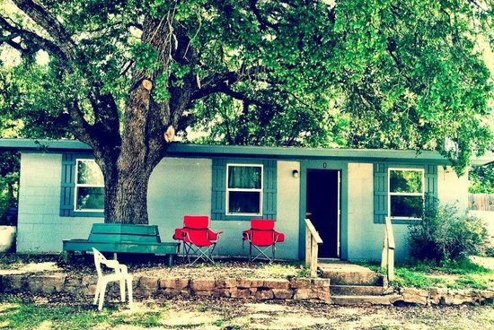 Indian Lodge Resort Lake Whitney: Cabin #1