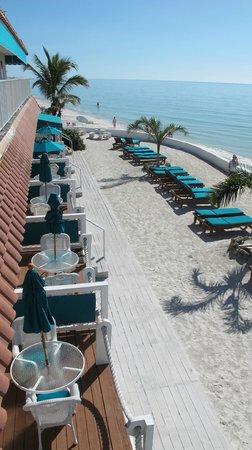 Seaside Beach Resort: view from upper deck