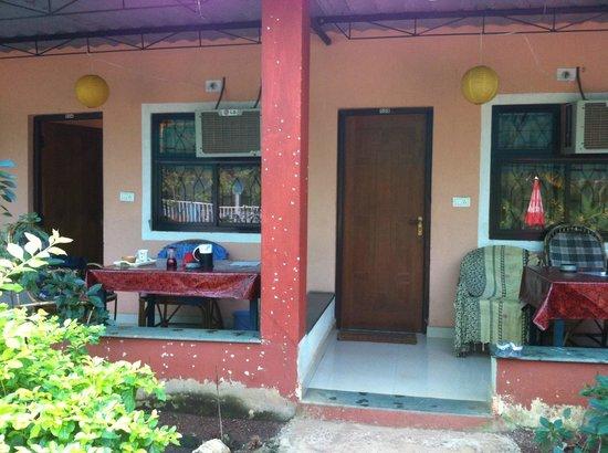 Sunbeach Residency: Sitzplatz