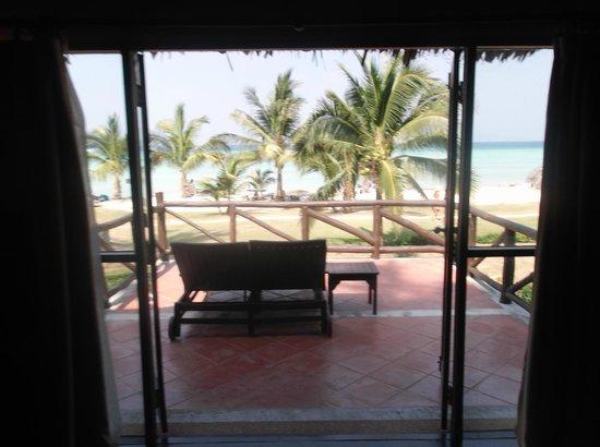 Phi Phi Island Village Beach Resort : view from junior suite balcony