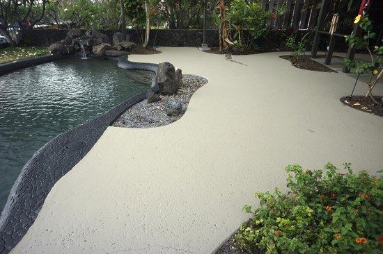 Kona Sugar Shack: New Pool Deck
