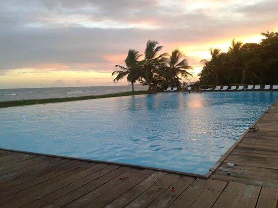 Tivoli Ecoresort Praia do Forte: Final de tarde junto à piscina