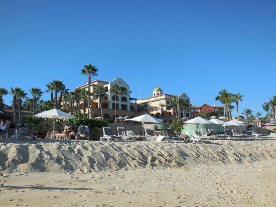 Sheraton Grand Los Cabos Hacienda del Mar: On the beach looking at the hotel