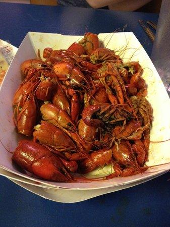 Seafood Seller & Cafe : Crawfish!