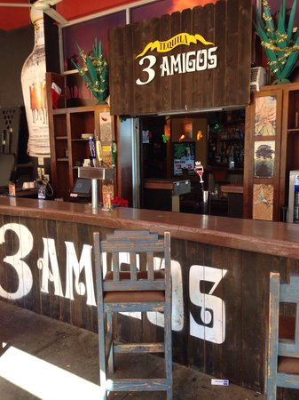 Calico Jack's Cantina: Looks like it might be awesome but it's not