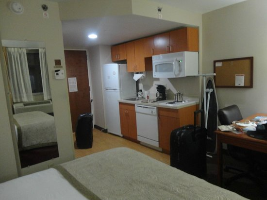Candlewood Suites New York City Times Square: habitacion