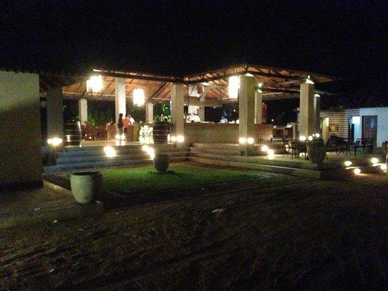 Cormaran Beach Club: Front View