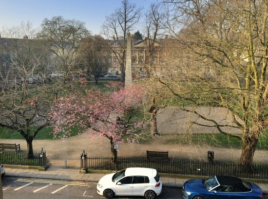 Francis Hotel Bath - MGallery by Sofitel : Queen Square, view from the window (217)