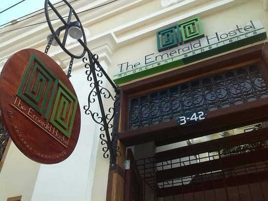 The Emerald Hostel Santa Marta
