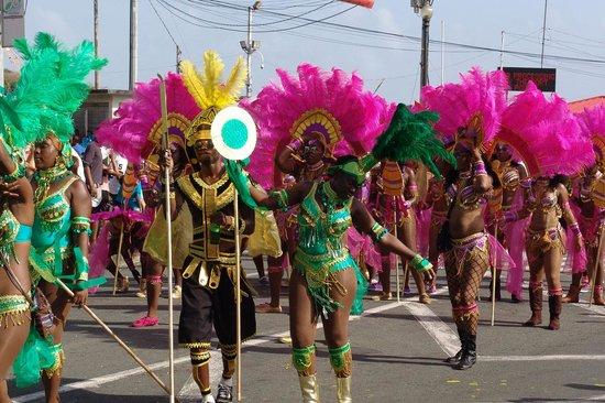 Coco Reef Tobago : The Tobago Carnival a colourful bonus