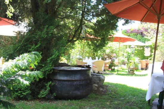 Hotel Unterwirt : giardino