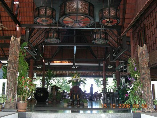 Sea View Resort & Spa Koh Chang: Thai style reception and restaurant