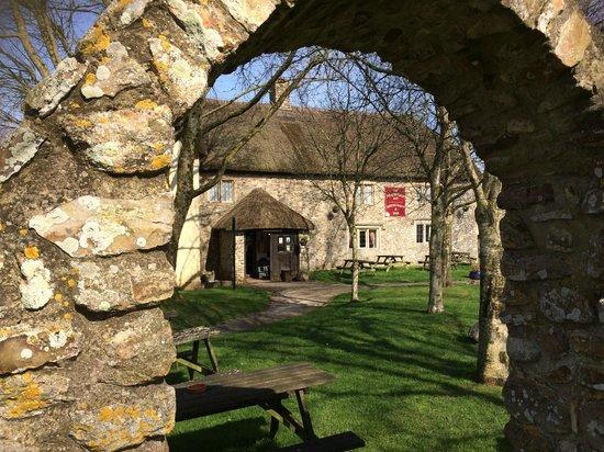 The Heathfield Inn: view from the front garden
