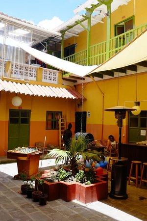 Dragonfly Hostels Cusco: 1F