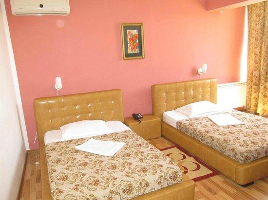 Solar Hotel: Chambre Twin