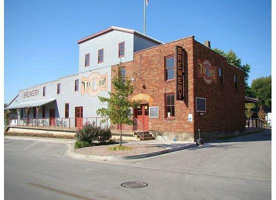 Tin Mill Brewery : Tin Mill on Guttenburg St.