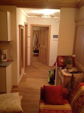 Ciastel: soggiorno e ingresso