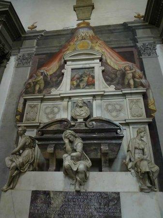 Basilica di Santa Croce: Tumba de Michelangello