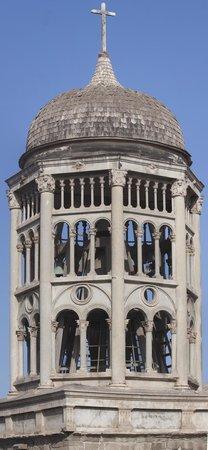 Francisco de Aguirre Hotel : Belfry of Iglesia de Santo Domingo from balcony of Room 200