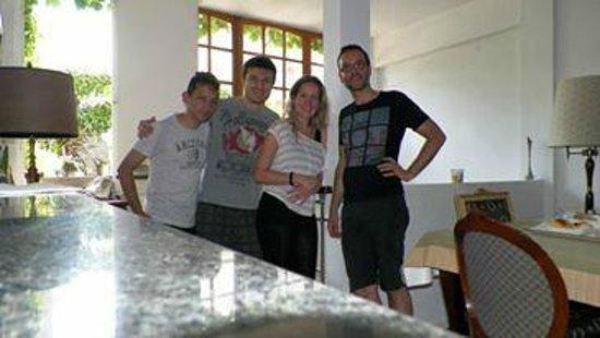 Le Petit Palais: Con mi amigo Gilles y una pareja de Italianos y yo