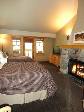 Freestone Inn: Room